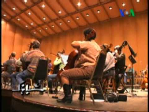 • VOA Report on the Oakland East Bay Symphony March Concert