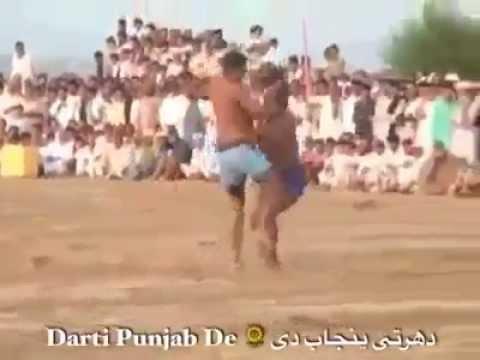 Da scattarsi dalle risate! E' nato un nuovo sport! Tutto basato sugli schiaffi…Guardate! (VIDEO)