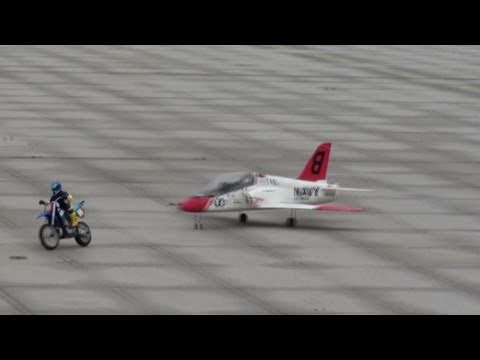 RC EDF Jet Vs RC Bike