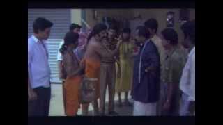 Female Unnikrishnan - CID Unnikrishnan Ba Bed - Malayalam Movie Part 1