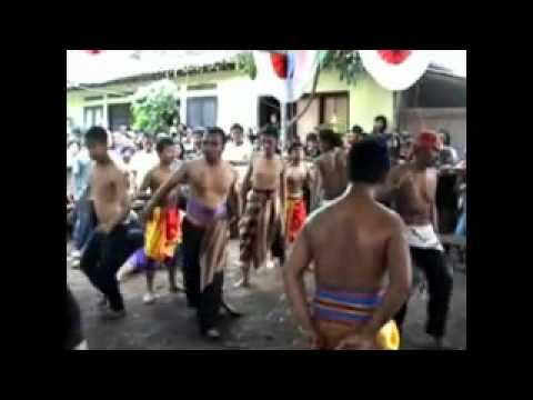 Turonggo Mudho Agung Budoyo - Ilat Tanpo Balung.mp4 video