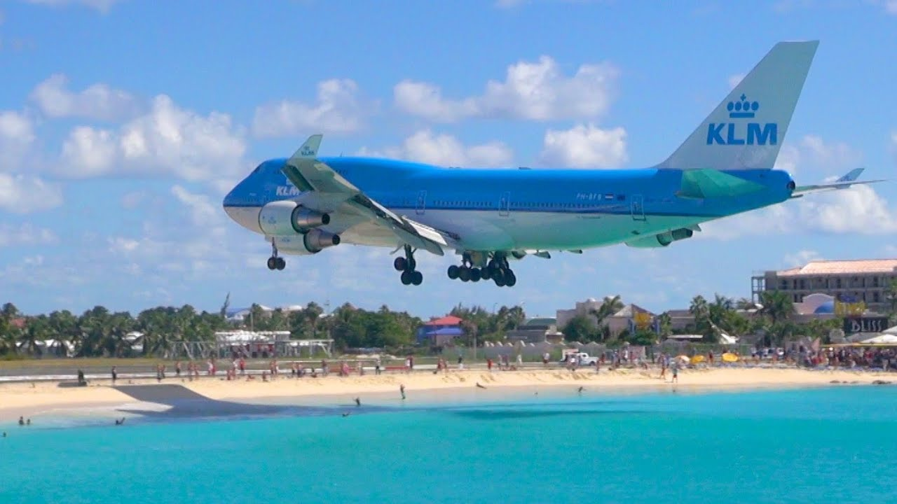 Sint Maarten Boeing 747 Landing From Sonesta Maho Beach Patio Youtube