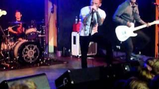 Watch Gallows Kill The Rhythm video