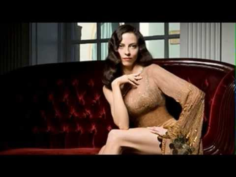 Juliet Landau BUFFY BABE - YouTube