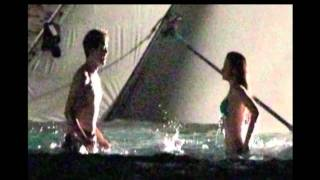 Robert Pattinson & Kristen Stewart Keep Kissing on BD Set - St. Thomas