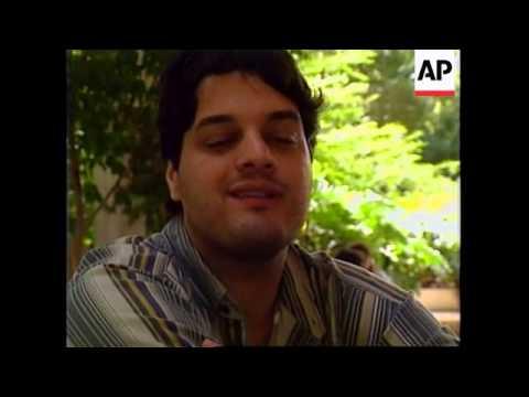 VENEZUELA: ECONOMIC CRISIS AFFECTING CULTURAL LIFE