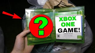 !!WHAT GAME DID I JUST FIND!! Dumpster Dive Gamestop Night #330