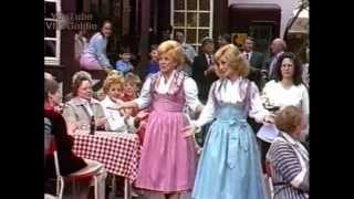 Maria & Margot Hellwig - Volkslieder-Medley - 1989