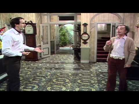 Fawlty Towers - The O'Reilly scenes (S01E02 - The Builders)