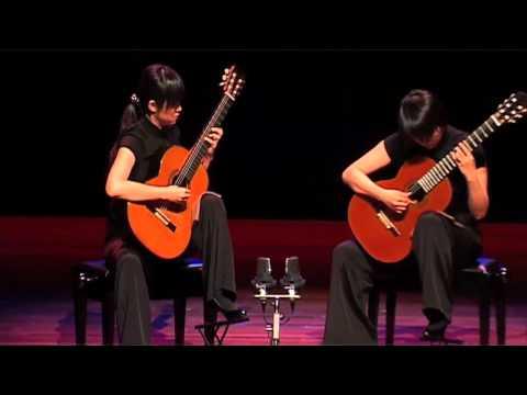 The Beijing Guitar Duo - Maracaípe by Sergio Assad