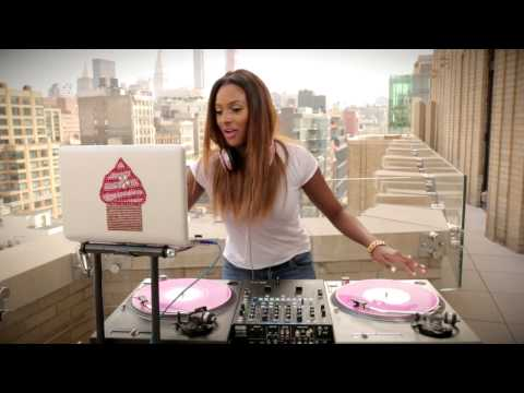 DJ Cuppy Turntable Session