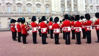 "The royal guards spiller temaet fra ""Game of Thrones"""