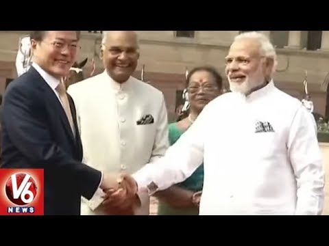 South Korean President Moon Received by PM Modi & Kovind at Rashtrapati Bhavan | V6 News