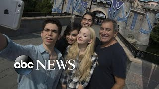 'Descendants 3' stars remember Cameron Boyce