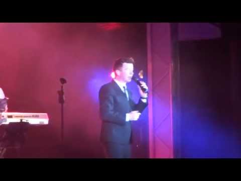 Rick Astley - Take Me To Your Heart - Butlins Ultimate 80's Weekend 01-02-15 video