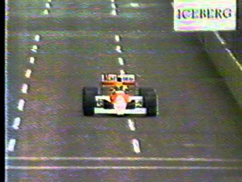 Año 1990, gran premio Phoenix, vencedor Ayrton Senna, directo de la Red Globo de Brasil, el nombre del comentarista de Globo que es uno de los mas destacados...