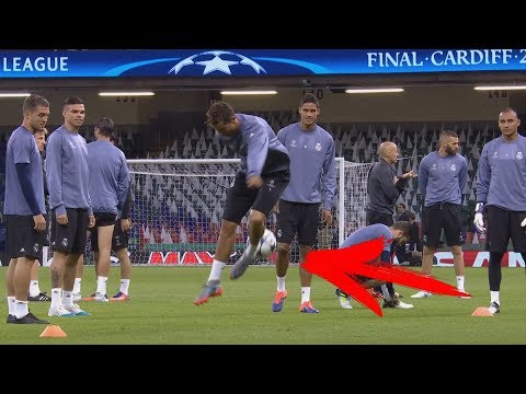 Cristiano Ronaldo In Training 2017 - Skills/Tricks/Goals + Freestyle HD