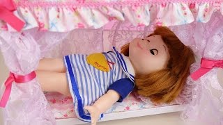 Baby doll princess bed and baby sitter toys play