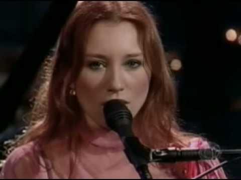 Tori Amos - Covering 'Em