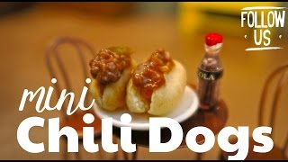 MINI CHILI DOGS!