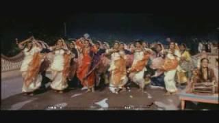 Mehndi Lagake Rakhna (english sub) HQ - Diwali Dulhania Lejayenga