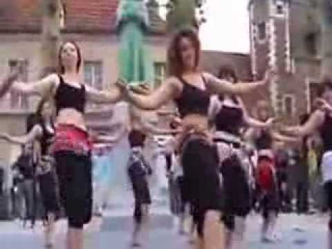 Belly Dance On Bhojpuri Song Lollipop Lagelu