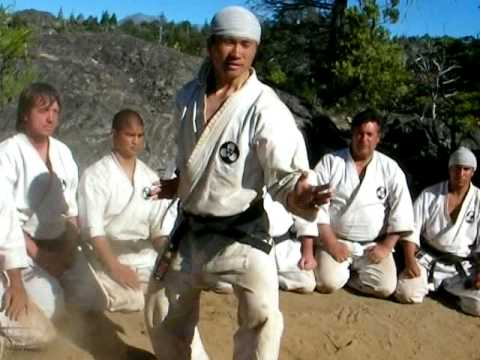 SHINSHINKAN ISSHIN RYU KARATE CAMP  SUNSU KATA