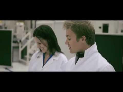 Professor Nico Rosberg explains F1: Mercedes F1 Power Unit 2014
