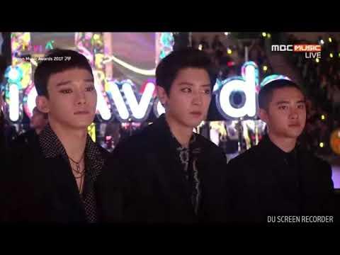 Reaction Chanyeol EXO saat melihat Tzuyu TWICE(DI MAMA MELON AWARDS 2017)...