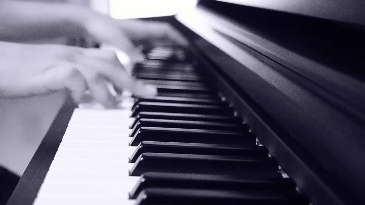 Pehela Nasha Piano cover - YouTube