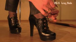 Long nails tie the laces ankle boots high heel