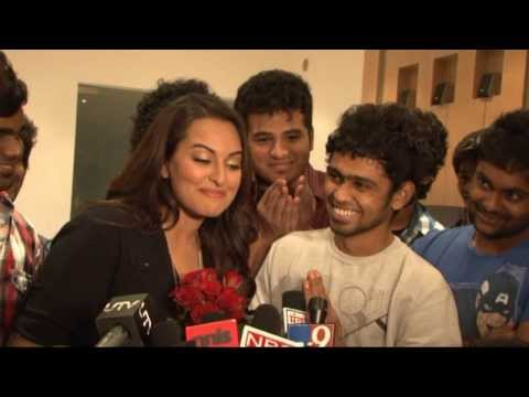 Sonakshi Sinha speaks Tamil! Proposed by India's Dancing Superstars' Loyola Dream Team