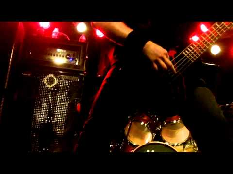Cannibal Corpse - Crucifier Avenged (live at the V-Club) 04-08-2012