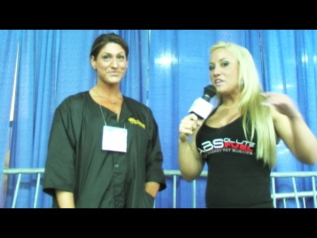 Beautiful Fitness model Elissa Molino the Hottest Jan Tana Spray Girl Digital media at Arnold 2012