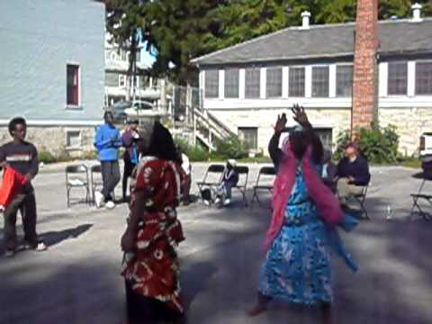 Somali Bantu Shareero part3 - Performance at Schweinfest 2010