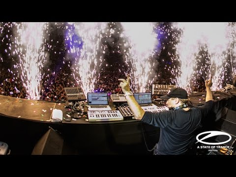 Paul van Dyk feat. Arty - The Ocean LIVE at ASOT700 in Mexico