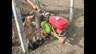 Pregatirea solului cu un motocultor IMT 506 (Agria 6000) din doua treceri, fara aratura .wmv