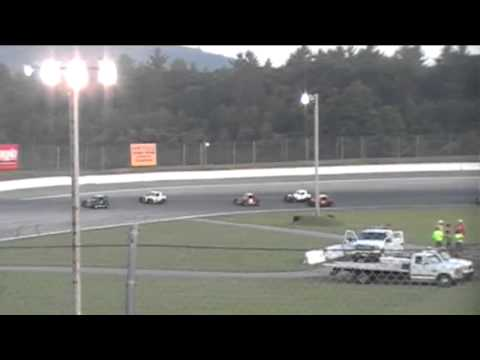 Dwarf Car feature | White Mountain Motorsports Park, N. Woodstock, NH | July 14, 2012