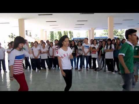 Hotgirl Lớp 8 Cùng Fmdp Ngẫu Hứng Nhảy Gangnam Style Quá đỉnh !!! video