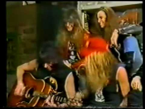 Ace Frehley and Skid Row members - Cold Gin (acoustic)