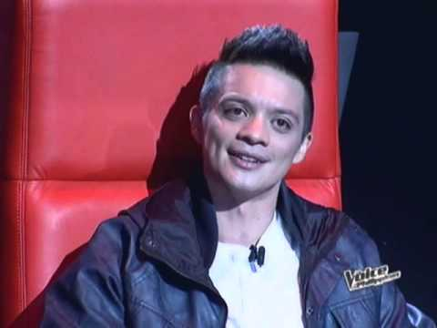Sarah gets first contestant on 'The Voice'