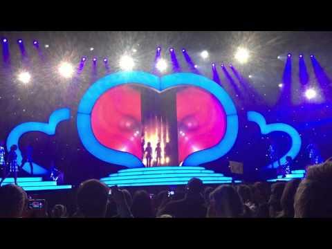 Eerste K3 Show Flanders Expo Gent Intro En Eerste Liedje