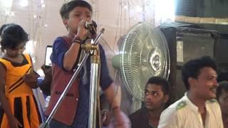 বাউল রাজা বিজয় বাঙ্গালীর খাজা বাবাকে নিয়ে গাওয়া গান একবার শুনে দেখুন।আমি খাজা বাবার।Baul songit 2017