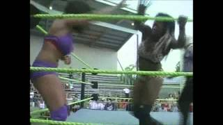 Serena Deeb (WWE) vs. Sojo Bolt (TNA) at OVW 6 Flags