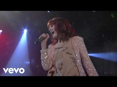 Florence + The Machine - Drumming Song (Live on Letterman)