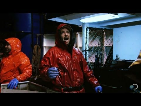 Full Pots on the Northwestern! | Deadliest Catch