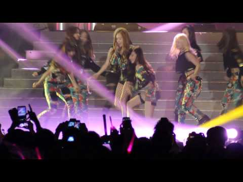 [FANCAM] 130322 Asian pop music festival in 2013 SNSD - Dancing Queen