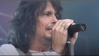 Foreigner - Feels Like The First Time (Official Live Video)