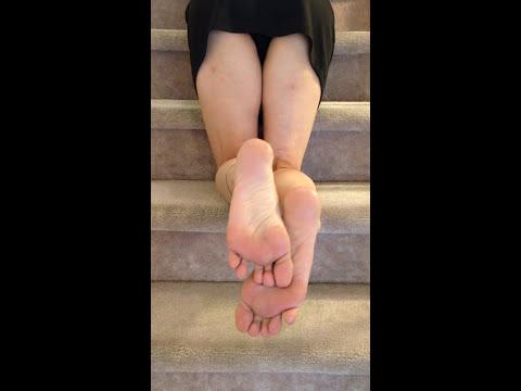 Hot Mature Asian Feet video