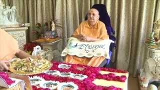 Guruhari Darshan 3 Mar 2015 - Pramukh Swami Maharaj